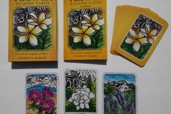 Flower Reading Cards Review by: The Bohemianess