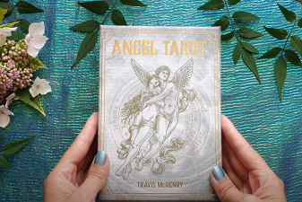 Angel Tarot Review in Español