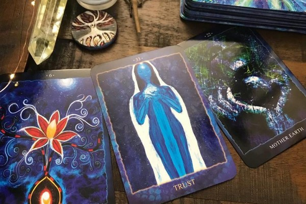 Blue Messiah Reading Cards Review