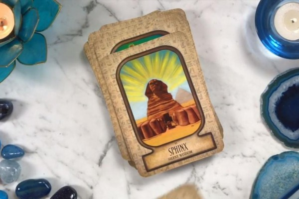 Auset Egyptian Oracle Review | Shuffle Tarot