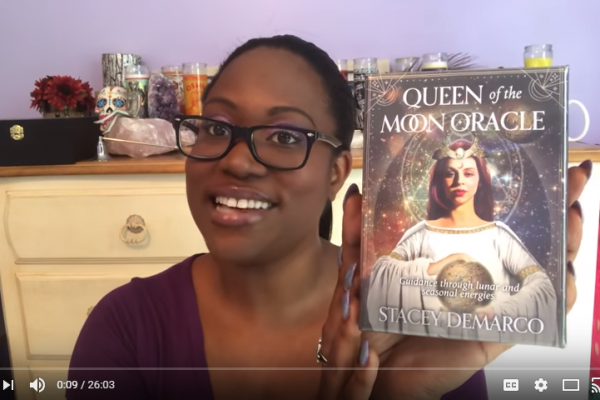 Queen of the Moon Oracle Review